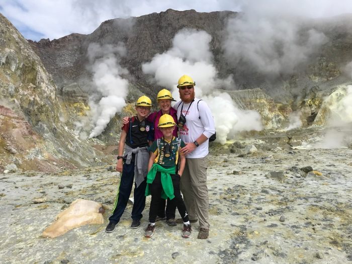 Day 427 – Thankful for Hiking In an Active Volcano